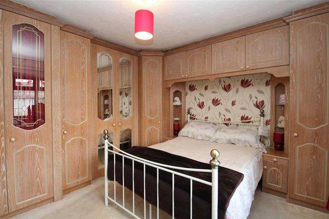 Bedroom One of Metz Avenue, Canvey Island SS8