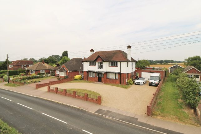 Thumbnail Detached house to rent in Thorrington Road, Great Bentley, Colchester