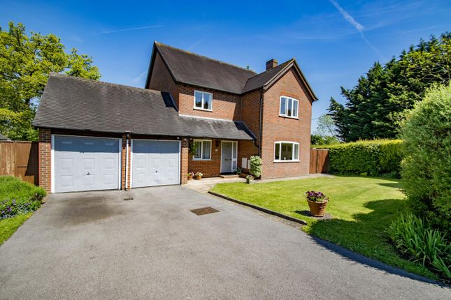 Thumbnail Detached house for sale in Oakdene, Woodcote, Reading