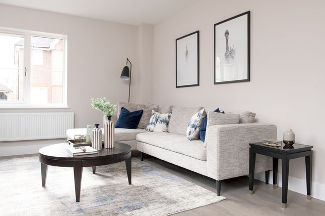 Flat for sale in Flat 4, 6 Pavilion Park, East Molesey, Surrey