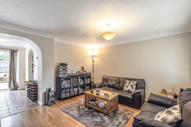 Thumbnail Terraced house to rent in Pyegrove Chase, Bracknell