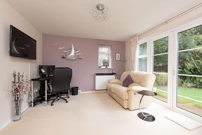 Family Room of Greenbirch Close, Basingstoke RG22