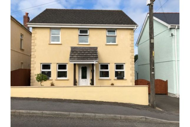 Thumbnail Detached house for sale in Llannon Road, Pontyberem