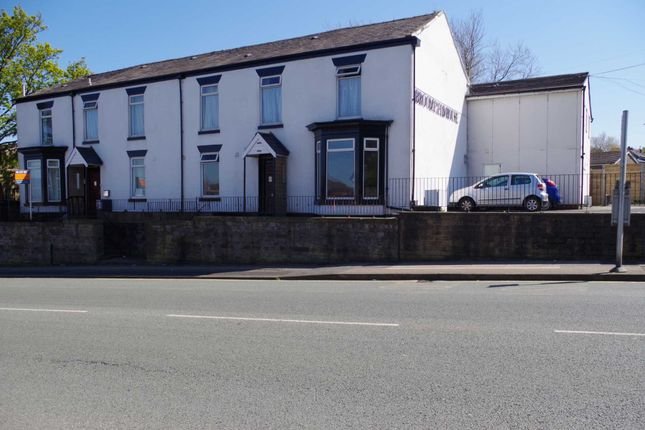 Thumbnail Shared accommodation to rent in Wigan Road, Bolton