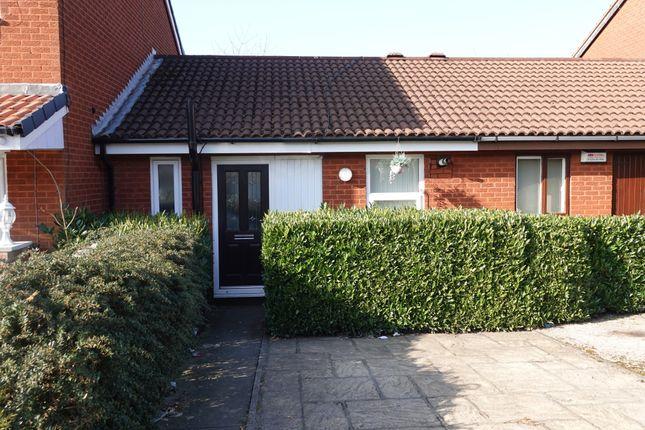 1 bed bungalow to rent in Rockcliffe Street, Blackburn BB2