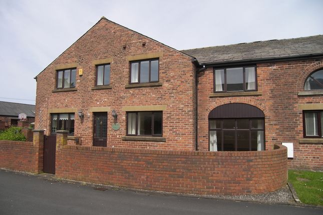 3 bed cottage to rent in Harvesters Fold, Wharles, Preston
