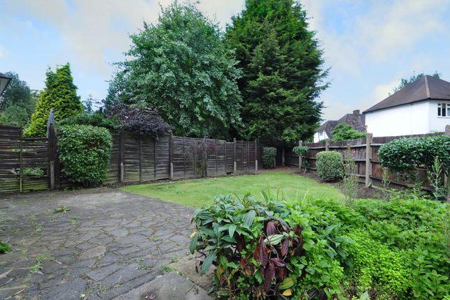 Garden of Pinner, Harrow HA5