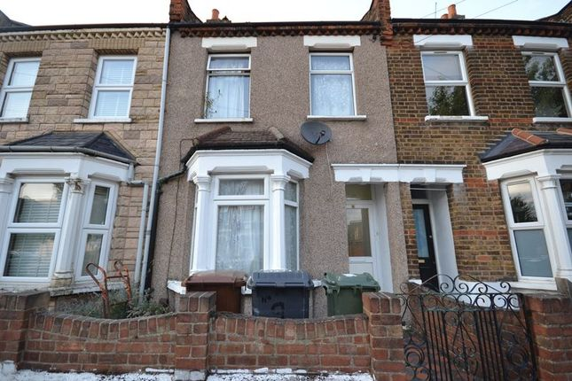 Thumbnail Terraced house for sale in Hamilton Road, London