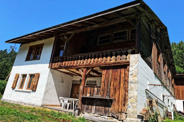 Thumbnail Farm for sale in Les Gets, Haute-Savoie, Rhône-Alpes, France
