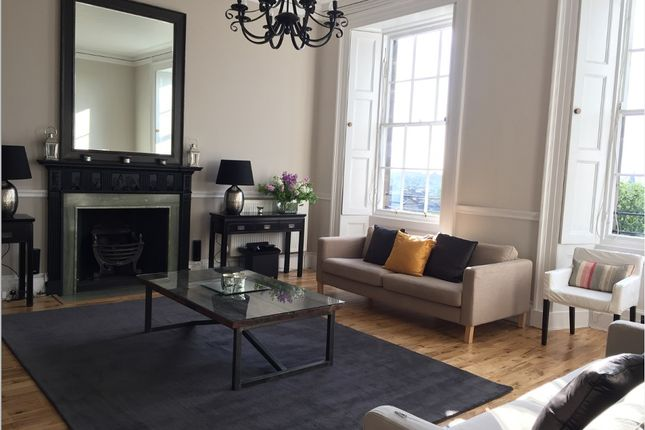 Thumbnail Flat to rent in Moray Place, Edinburgh