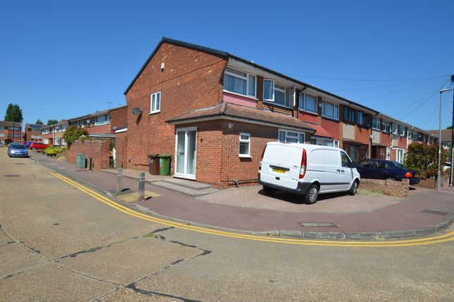Thumbnail Semi-detached house to rent in Great Cullings, Barking