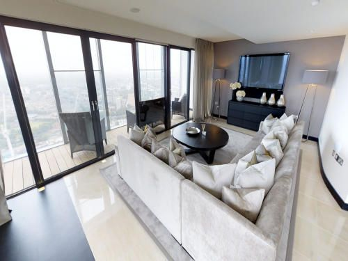 Thumbnail 4 bedroom flat for sale in Deansgate, Manchester