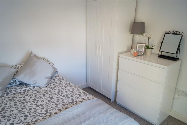 Thumbnail Room to rent in Gilbert Road, Redfield, Bristol
