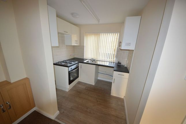 Thumbnail Terraced house to rent in Bondfields Crescent, Havant