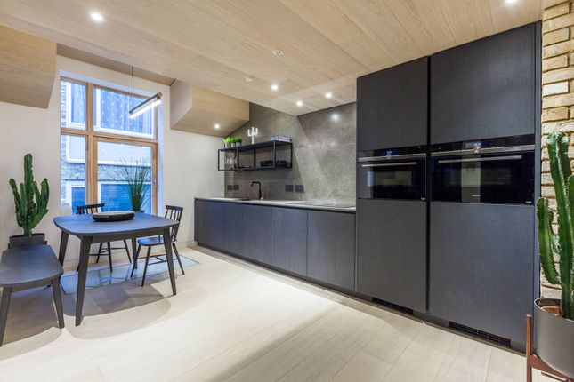 Thumbnail Property for sale in Voss Street, Bethnal Green, London