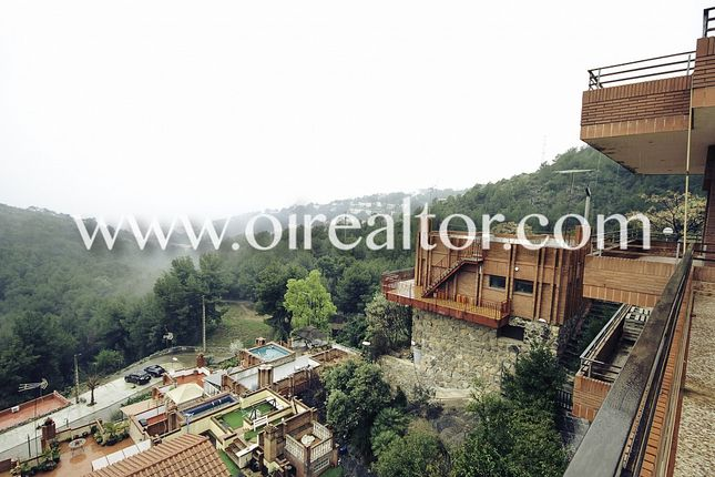 Thumbnail Commercial property for sale in Botigues, Sitges, Spain