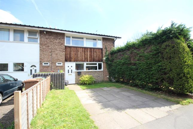 3 bed end terrace house to rent in Grange Road, Guildford
