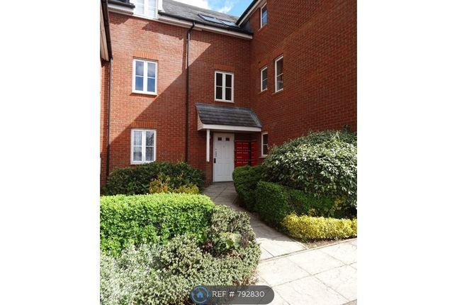 Thumbnail Flat to rent in Hughes Croft, Bletchley, Milton Keynes