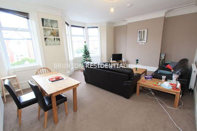 Thumbnail Terraced house to rent in Simonside Terrace, Heaton