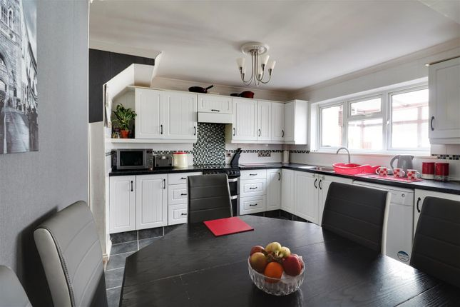 Kitchen Opt 2 of Nevell Road, Grays RM16