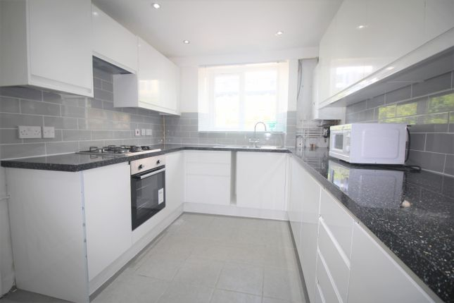 Thumbnail Room to rent in Elswick Road, London