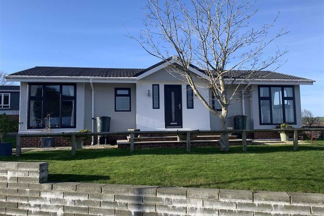 Thumbnail Mobile/park home for sale in Harbourside, New Quay, Ceredigion