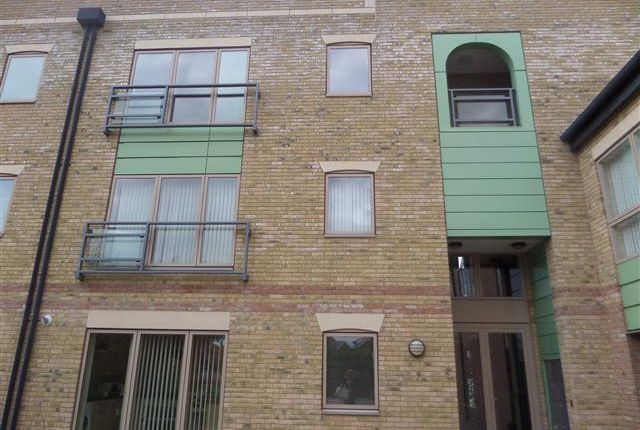 Thumbnail Flat to rent in Marine Point, Burton Waters