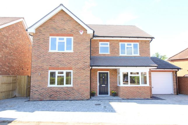 Thumbnail Detached house for sale in Woods Road, Caversham, Reading