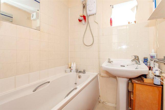 Bathroom of West Fryerne, Parkside Road, Reading RG30