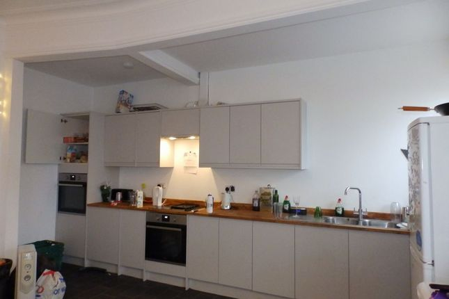 Thumbnail Flat to rent in Stanford Road, Brighton, East Sussex