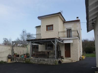 Thumbnail Property for sale in Vouharte, Charente, France