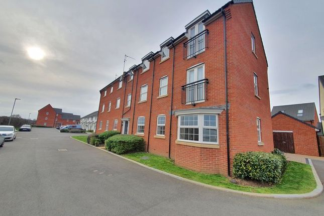 2 bed flat for sale in Longford Lane, Longford, Gloucester GL2