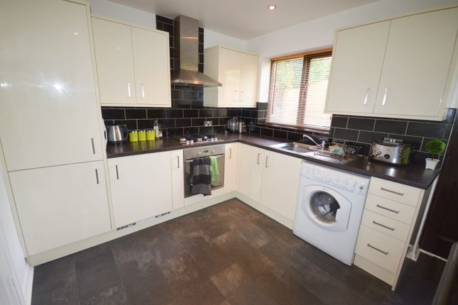 Thumbnail Semi-detached house to rent in Glenmore Croft, Sheffield