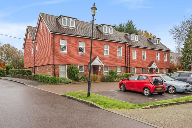 2 bed flat for sale in Linfield Lane, Ashington, Pulborough RH20