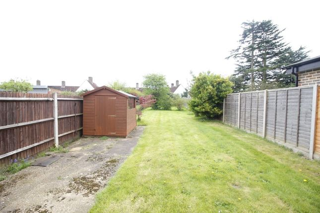 Thumbnail Semi-detached house to rent in Ferndale Road, Banstead