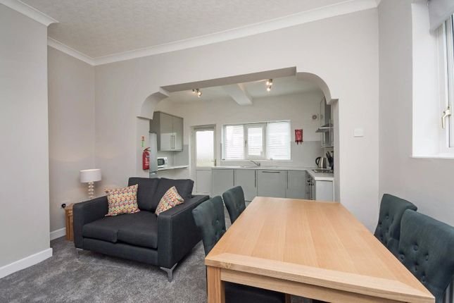 Thumbnail Town house to rent in Lilac Grove, Beeston, Nottingham