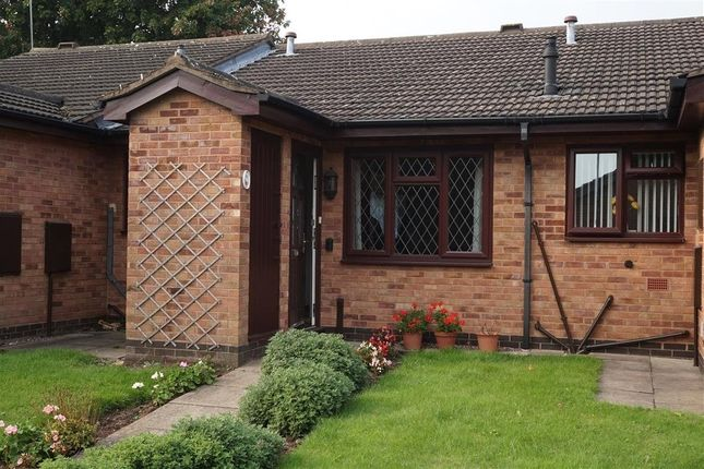 2 bed terraced bungalow for sale in Talbot Close, Erdington, Birmingham