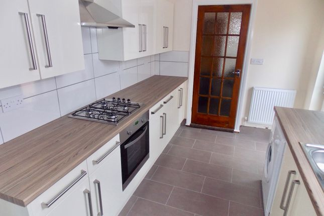 Thumbnail Terraced house to rent in Lytton Road, Leicester