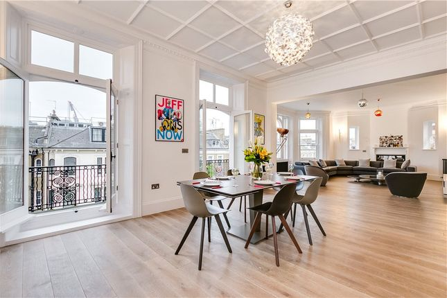 Thumbnail Flat for sale in York Mansions, Earl's Court, London