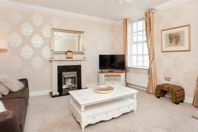 Thumbnail Town house to rent in Grosvenor Park, York