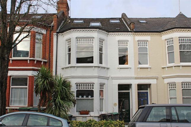 Thumbnail Flat for sale in Greenham Road, Muswell Hill, London