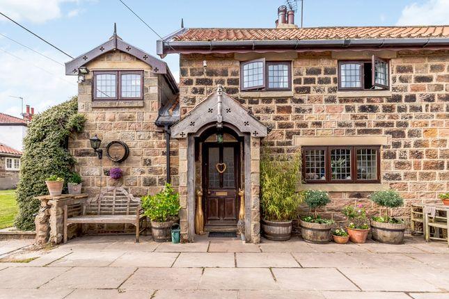 Thumbnail Cottage for sale in Plompton Square, Knaresborough, North Yorkshire
