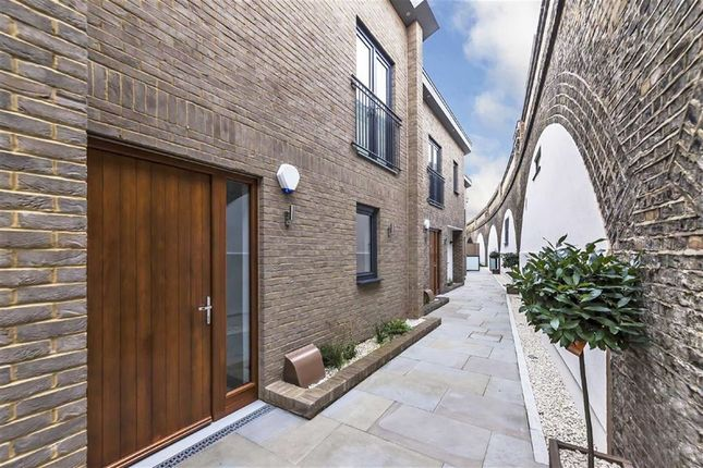 Thumbnail Terraced house for sale in Grimston Road, London