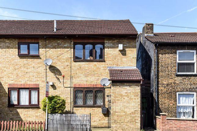 Thumbnail Semi-detached house for sale in Cross Road, Croydon