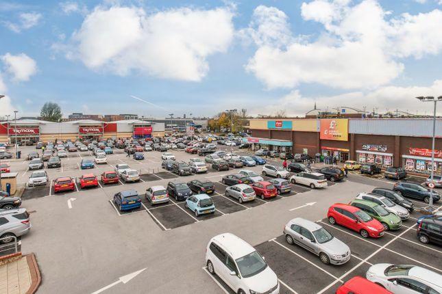 Angouleme retail park angouleme way bury bl9 retail for Buro angouleme