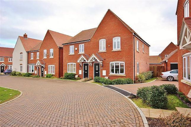 3 bed semi-detached house to rent in Kiln Crescent, Chilton, Didcot OX11