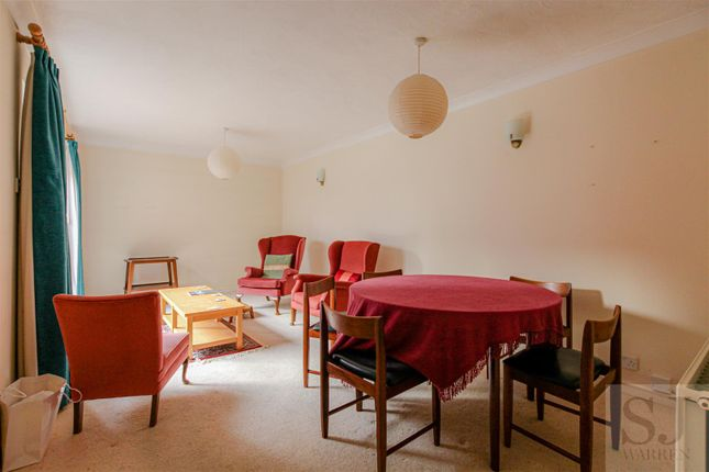 Lounge/Diner of Kings Road, Burnham-On-Crouch CM0