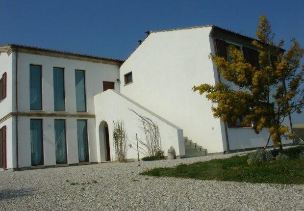 Thumbnail Villa for sale in Atri, Teramo, Abruzzo