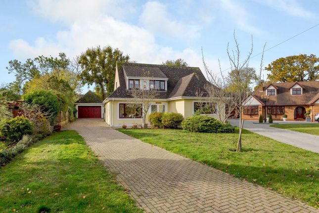 Thumbnail Detached house for sale in Green Glades, Hornchurch