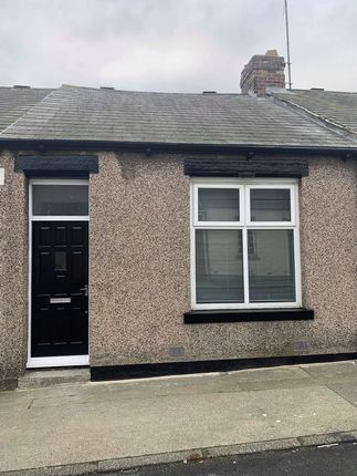 Thumbnail Bungalow to rent in Neville Road, Sunderland